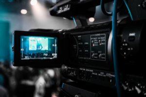 Wystąpienia publiczne i trening medialny